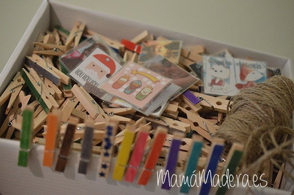 Calendario anual de pinzas de madera 23