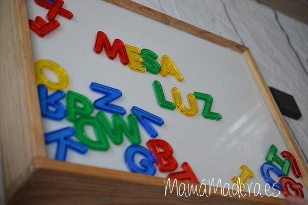 Letras de colores translúcidas 1