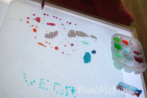 Gotas de agua en la caja de luz 22
