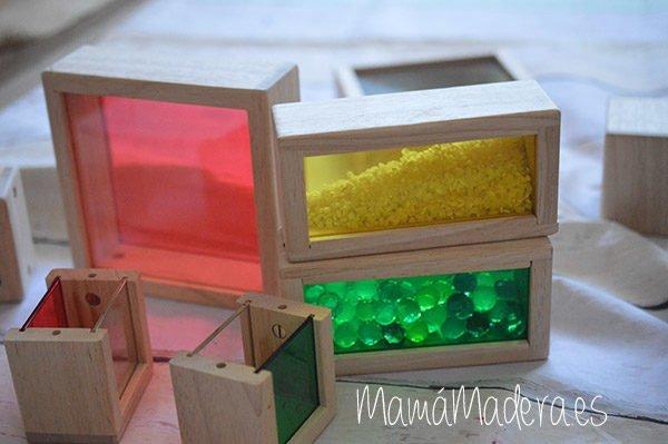 Set de 8 Bloques de madera transparentes con colores primarios 6