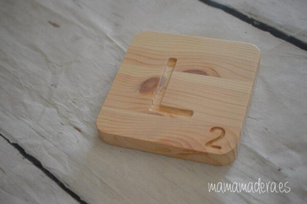 Letras scrabbel madera personalizadas 6