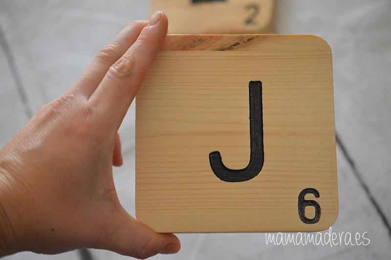 Letras scrabbel madera personalizadas 1