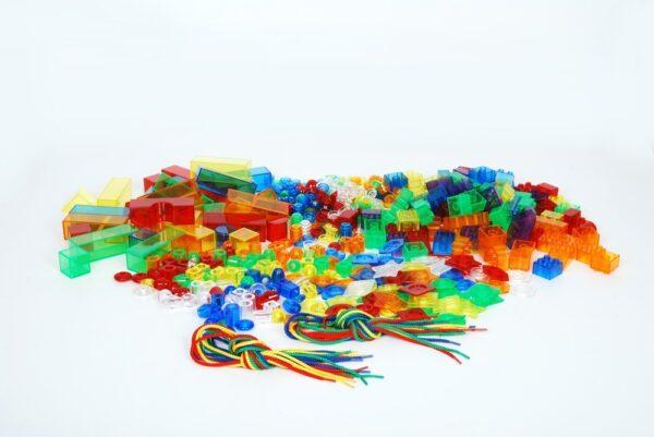 Kit de 634 piezas translucidas y cordones 1