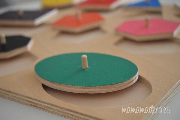 Puzle de madera con 10 formas geométricas de diferentes colores 5