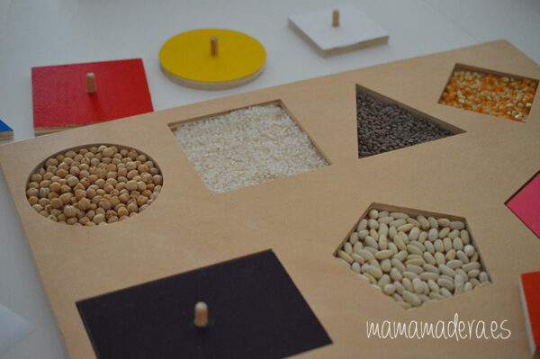 Puzle de madera con 10 formas geométricas de diferentes colores 2