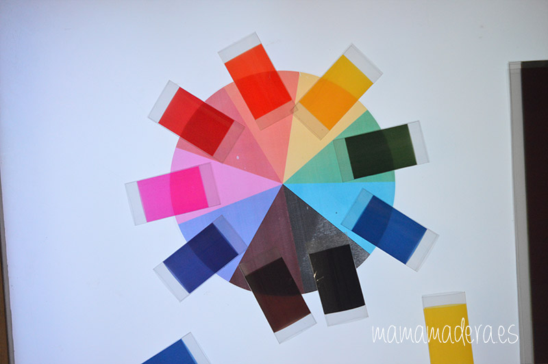 Descargable caja de color montessori 30