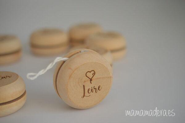 Yoyó de madera personalizado 5