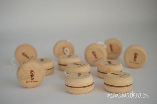 Yoyó de madera personalizado 4