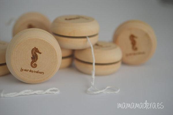 Yoyó de madera personalizado 2